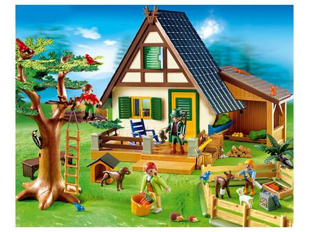 Детская игрушка Playmobil Лесной дом с кормушкой