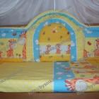 Красивые бортики и комплект постельного белья в кроватку новорожденного