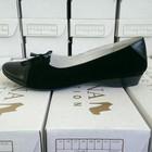 Кожаные и замшевые туфли-балетки.
