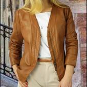 Кожаная коричневая куртка женская супер стильная