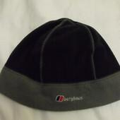 Теплая зимняя мужская  шапочка Berghaus р.s|m
