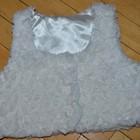 9 - 12 месяцев Модная фирменная Красивенная жилетка с заворотами в виде розочек