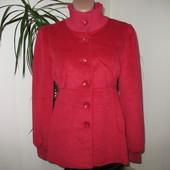 Пальто женское размер М в Наличии!