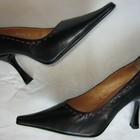 Туфли Ellenka новые кожаные черные с красной строчкой 38 р.