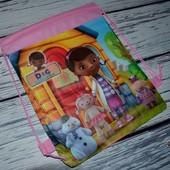 Рюкзак - сумка для сменной одежды Для игрушек в песочницу и на пляж в сад и школу доктор Плюшева