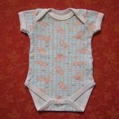 Бодик 0-2 месяцев, б/у. Хорошее состояние. Длина от плеча застегнутого 33 см, ширина 20 см.   Бронь