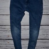 11 лет Обалденные фирменные джинсы скины для моднявок узкачи унисекс самая модная варенка
