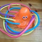 осьминог для игры с водой