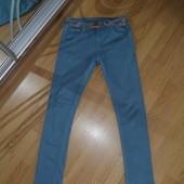 стильные узкие джинсы,скинни