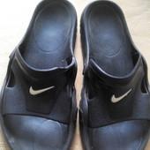 Шлёпанцы резиновые Nike р.40-25см.