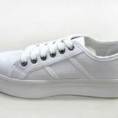 продам белые кеды кроссовки на платформе