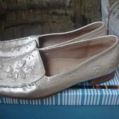 Фирменные Gabor (Австрия) стильные кожаные туфли на наш 39 размер