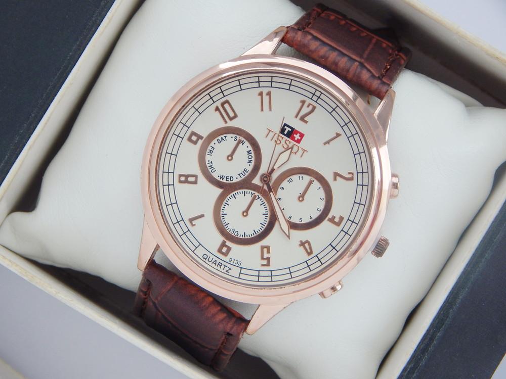Часы женские Tissot c256k, Калининград, объявление с фото