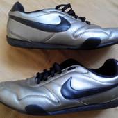 Кроссовки  кожаные Nike р.44