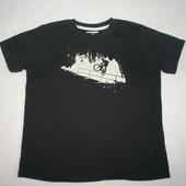 футболка в отличном состоянии  на 11-12 лет