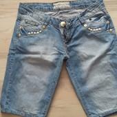 Классные джинсовые капри!!! 29размер.
