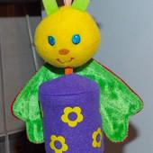 Подвесная игрушка-погремушка для малыша