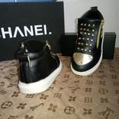 Стильные ботинки сникерсы с мет. носком.29 размер