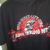 Фірмова футболка Its4U.