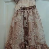 Фирменное платье на 3-4 года