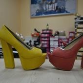 Много обуви из США!! трендовые босоножки! цвета!