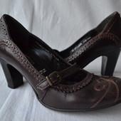 Брендовые туфли 5th Avenue, кожа (р-36). В отличном состоянии!