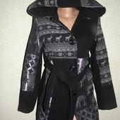 стильное  пальто  размер  М   Италия