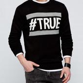 черный мужской свитер LC Waikiki с белой окантовкой и надписью True