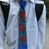 Продам галстуки и бабочки ручной работы.