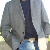 Фірмовий брендовий пиджак Rover&Lakes..