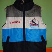 Теплая жилетка на 2-3 года (рр 92-98) Thomas&friends. Состояние новой!