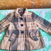 Демисезонное пальто  H&M для девочки 5 -6 лет