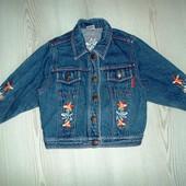 Фирменная джинсовая куртка на 2 года, рост 92 см.