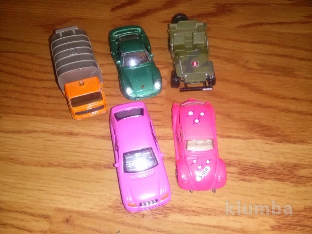 Машинки-модельки фото №1
