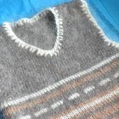 Очень теплая вязанная жилетка 100% шерсть 1-3 года