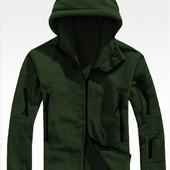Флисовая куртка цвета хаки,серая и черная