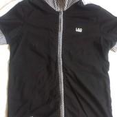 мужская футболка р 46 новая без бирки с воротником на молнии