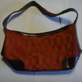 Маленькая, красивая и удобная сумка Новая без ценника