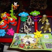 Игрушки от Киндер Сюрпризов и Барни.