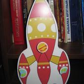 детская деревянная вешалка ракета