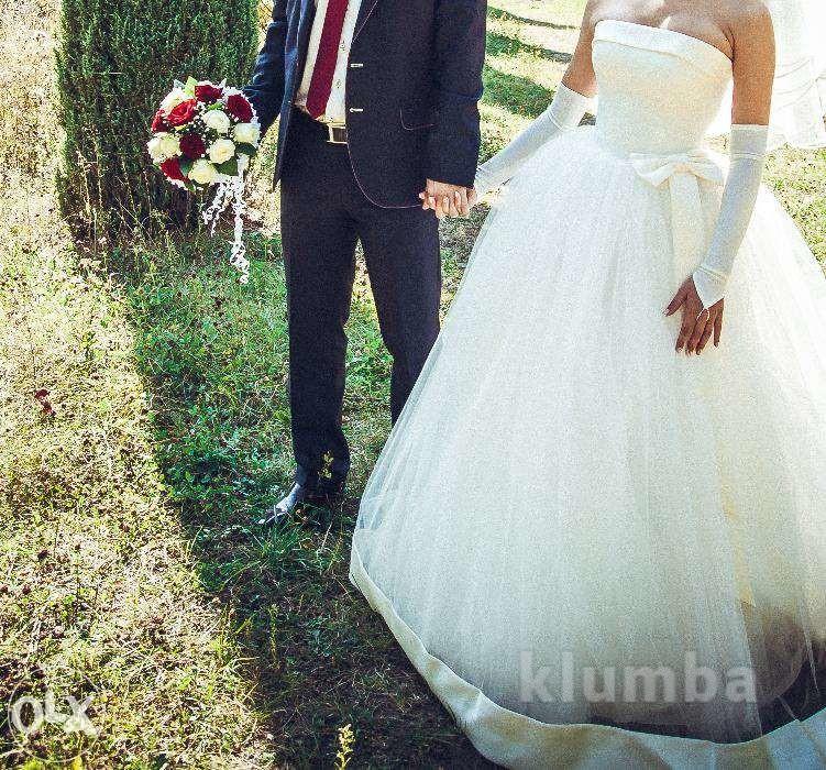 Нежное и красивое свадебное платье фото №1