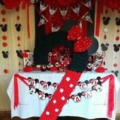 Декор для детского дня рождения в стиле Минни Маус,цифра 2,растяжки,помпоны,розетки,флажки,рамка...
