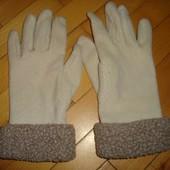Фірмові перчатки рукавички .
