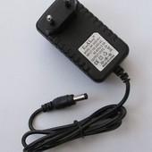 Зарядное(адаптер)для планшета 12V, 2A (5*2.5mm)