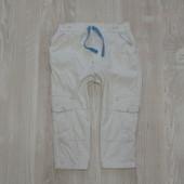 Белые летние штаники для мальчика от M&S, размер 12-18 месяцев, состояние идеальное.