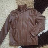 Куртка коричневая мужская из PU, размер M.