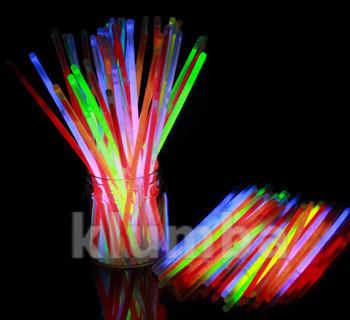 Светящиеся неоновые палочки 9 штук. последние фото №1