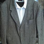 Пиджак 54-56,жилетка,рубашки на высокого 40/186,галстук hand made.