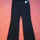 Новые нарядные женские брюки размер 12 (M). Производитель Румыния.