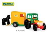 Трактор с трейлером для лошади